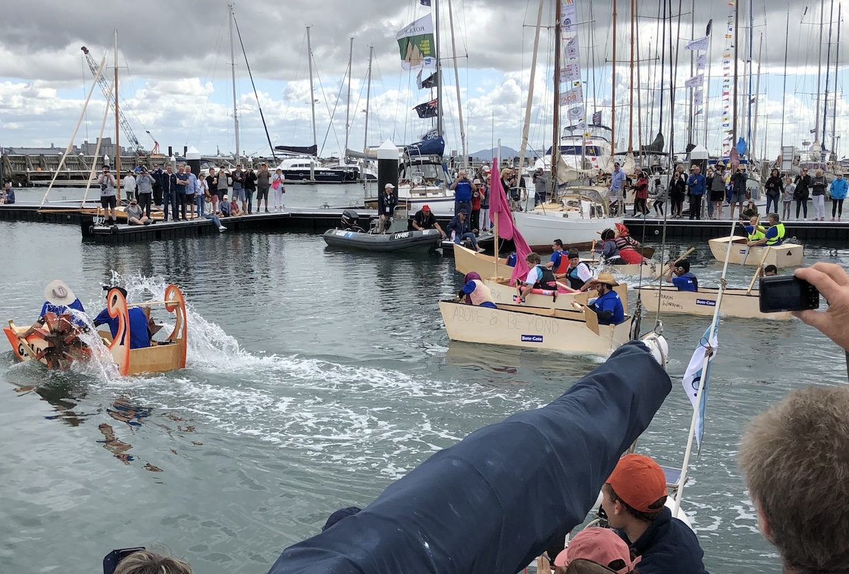 2020-03-09  Good fun at Geelong wooden Boat Festival