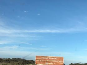 2020-03-28 End of 90ml straight road - Nullarbor E of Belladonia